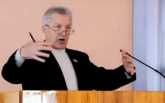 В Клинцах на местного депутата горсовета завели уголовное дело