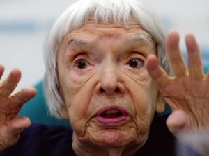 Умерла правозащитница Людмила Алексеева. Ей был 91 год