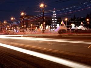 Ледовый городок на главной площади открылся для челябинцев