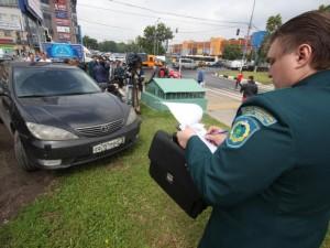 Законность местных штрафов за парковку на газонах подтвердил Конституционный суд