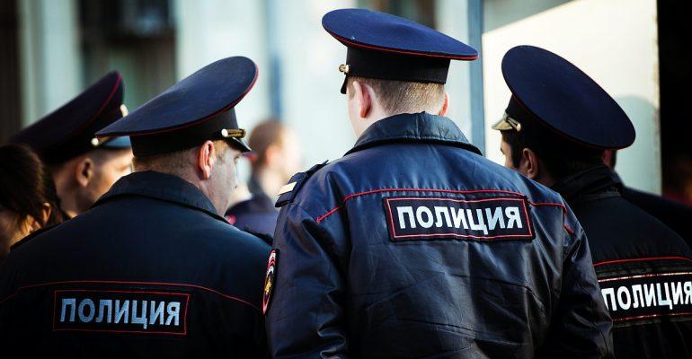 Российским полицейским запретили посещать концерты рэп-исполнителей