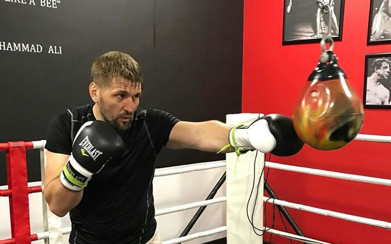 Боец из Брянска Виталий Минаков выйдет в октагон в феврале