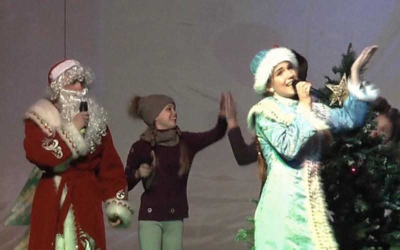 В Жуковке Год добровольца завершился фееричным шоу