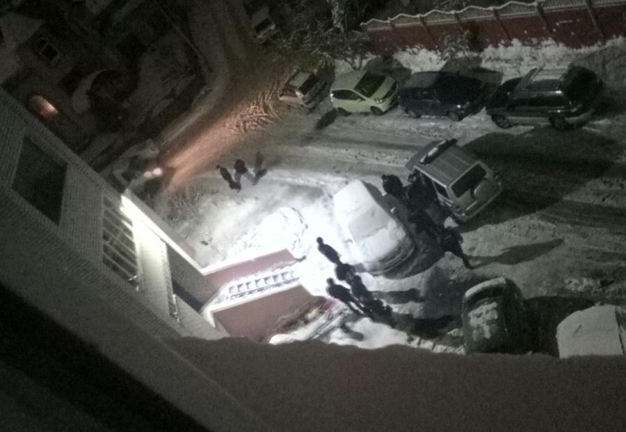 В Брянске 24-летний парень упал с балкона и погиб