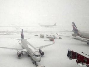 Почти 40 рейсов задержано и отменено в аэропортах Москвы