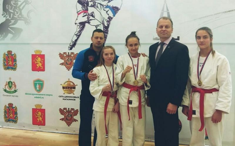 Брянские рукопашницы яростно победили на чемпионате России