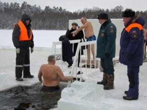 Усиленную охрану обеспечат в Челябинске во время Крещения