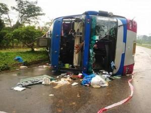 Пятеро взрослых и младенец погибли в туристическом автобусе в Таиланде