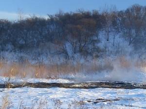 Земля уходит из-под ног на берегу озера Курочкино