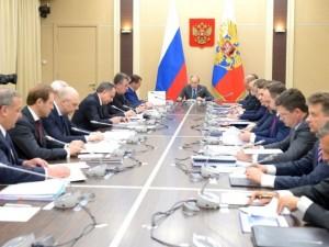 Трагедию в Магнитогорске и Шахтах детально обсудят с Путиным