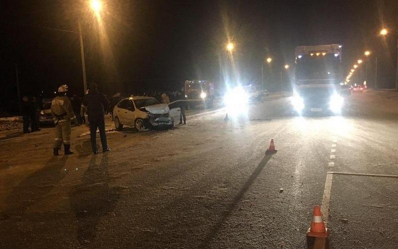 В ДТП на брянской трассе пострадали два парня и две девушки