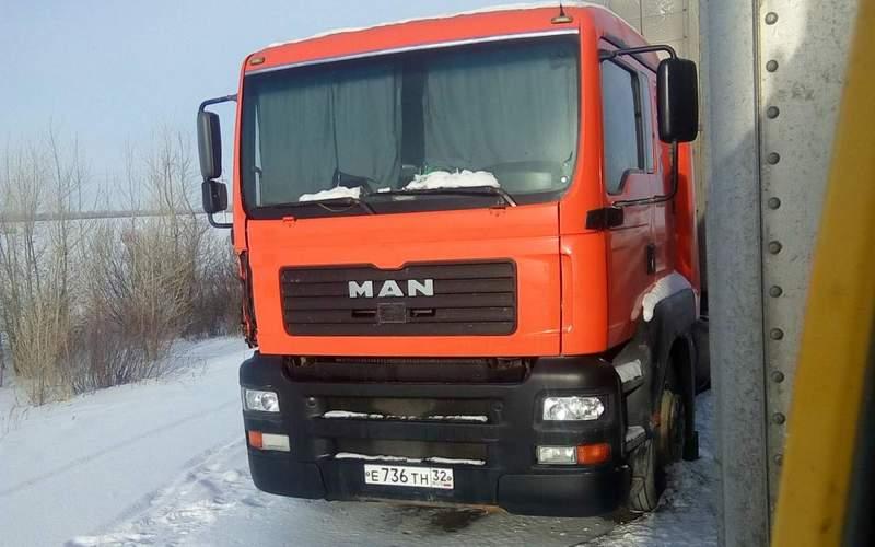Брянская фура вызвала тревогу у жителей Алтайского края