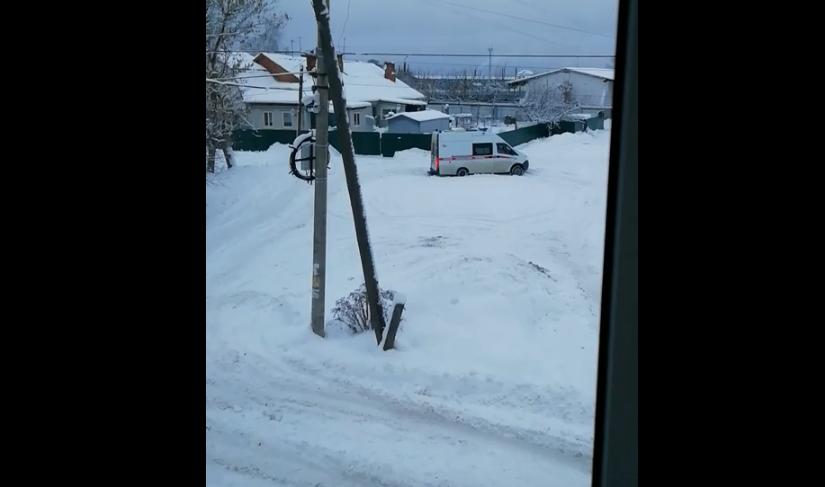 Жители улицы Донской рискуют не дождаться скорой из-за нечищеных брянских дорог
