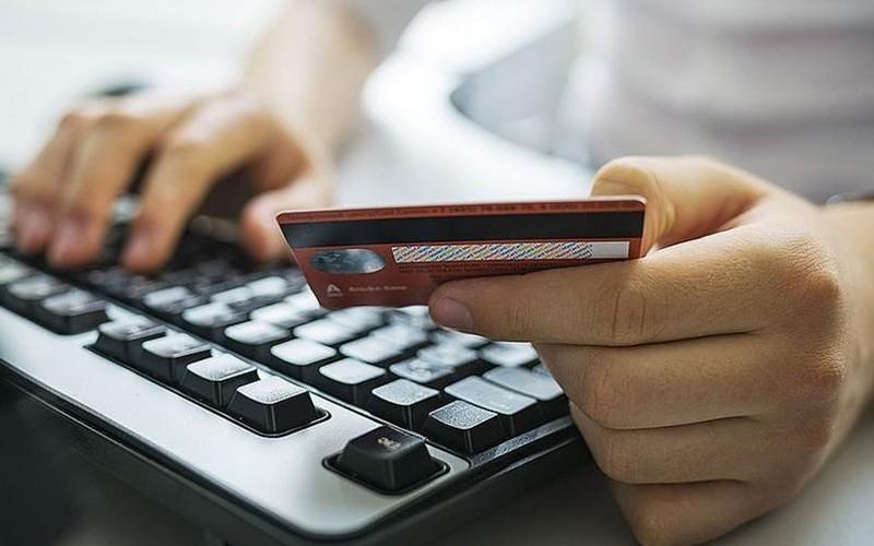 Мошенники лишили брянца 16 тыс рублей через соцсети