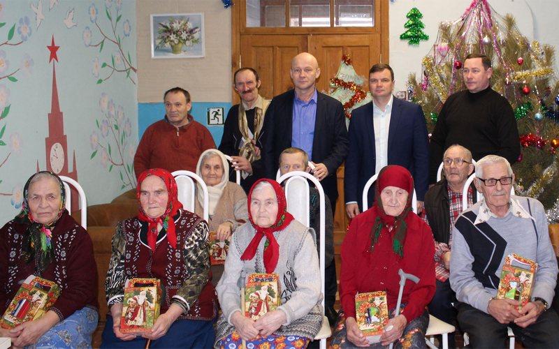 На Рождество брянские власти вспомнили об обездоленных