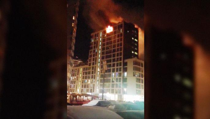 В подмосковной Балашихе горит многоэтажка
