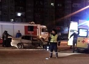В Челябинске водитель Toyota Camry врезался в такси, в котором находилась семья