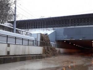 В Москве затопило улицу Свободы