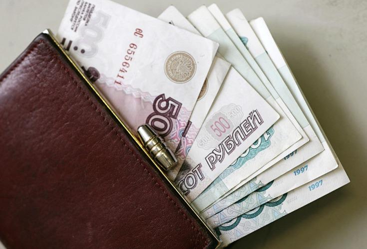 В Брянске работодатель задолжал сотрудникам около 900 тысяч рублей