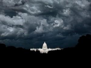Белый дом готовит декларацию о введении чрезвычайного положения в США