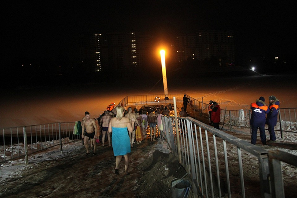 На Брянщине проходят крещенские купания