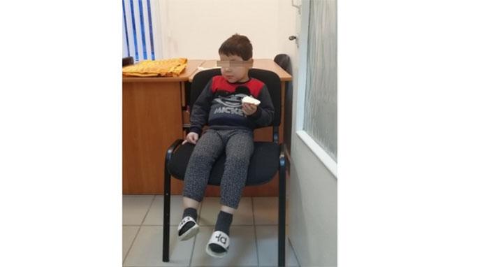 На улице Челябинска нашли раздетого 5-летнего ребенка
