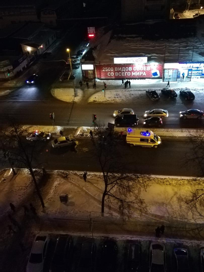 В Фокинском районе Брянска столкнулись легковушки: есть пострадавшие