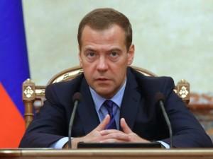 Медведев пригрозил Роспотребнадзору ликвидацией