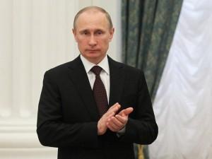 Путин поздравил сотрудников Министерства иностранных дел