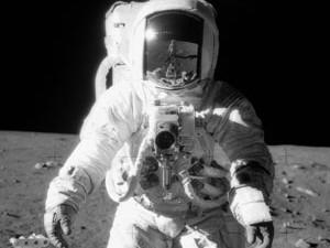 Россия планирует высадить космонавтов на Луну