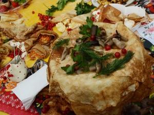 Пряник в 1,5 метра готовят в Челябинске на Масленицу
