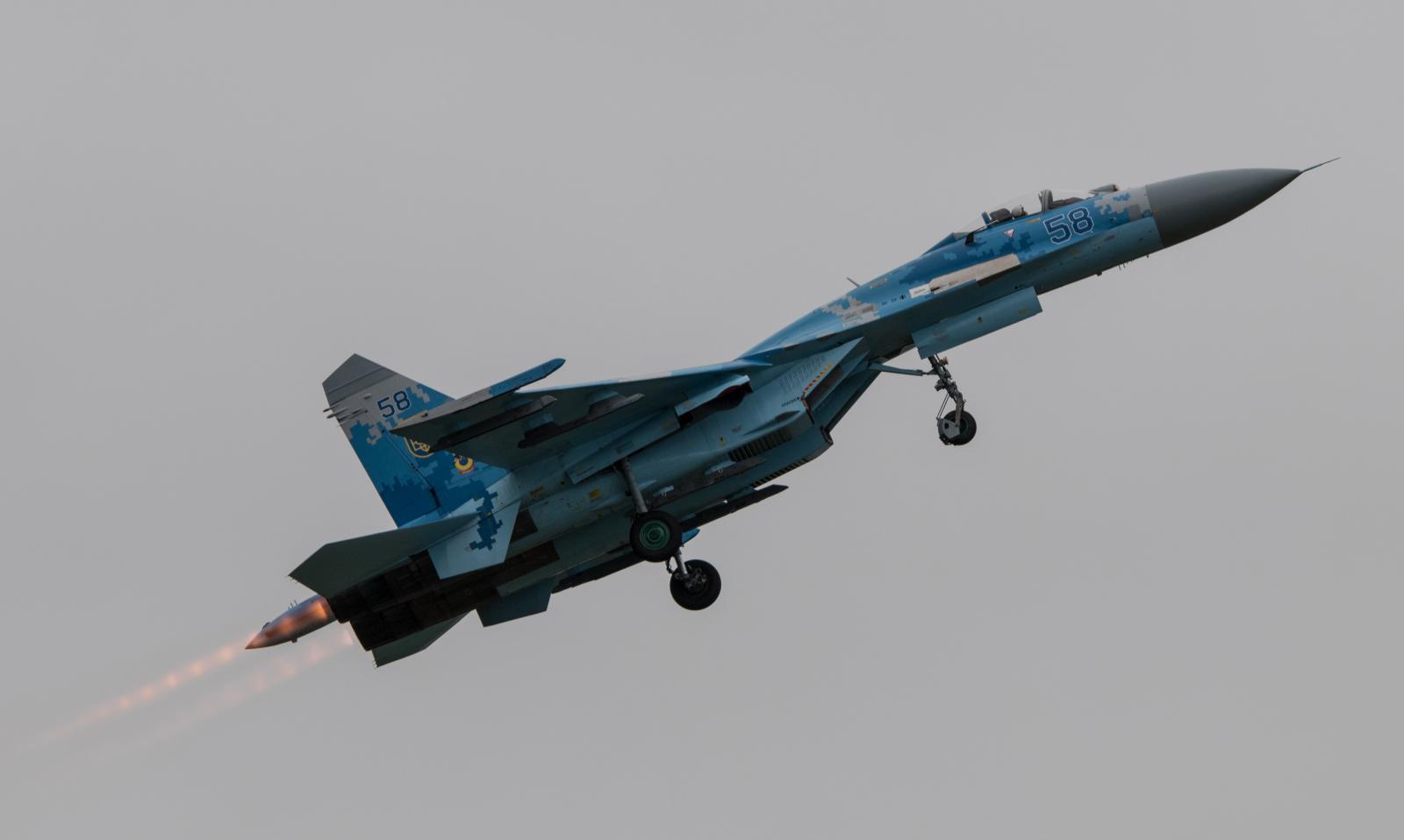 Из-за полета СУ-27 в МИД Швеции вызвали посла России