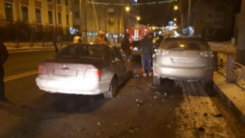 В Брянске на проспекте Ленина столкнулись два автомобиля: есть пострадавший