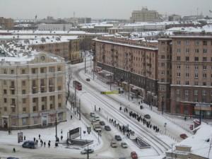 Дороги в Челябинске стоит сузить, считает урбанист
