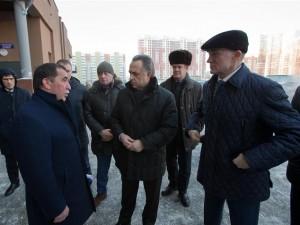 Виталий Мутко посетил микрорайон «Академ Riverside» в Челябинске