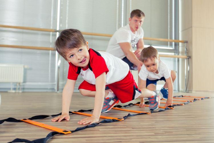 Брянских детей не пускали на уроки физкультуры из-за отсутствия формы