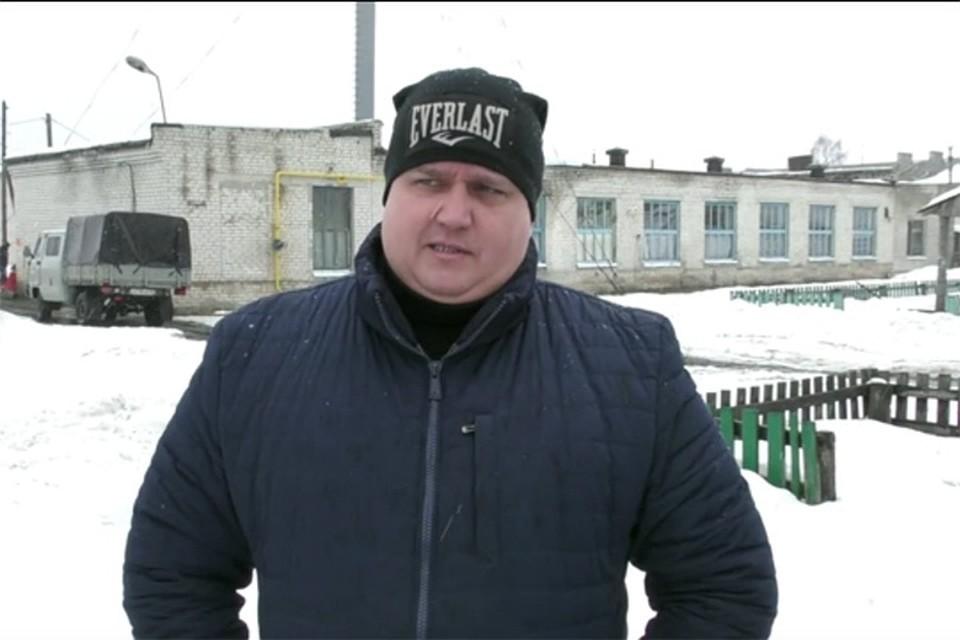 Хамоватый коммунальщик Цуканов уволился