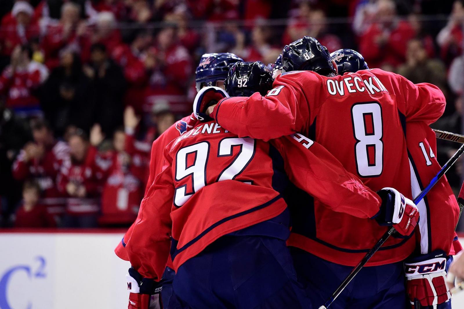 Овечкин стал четверным в истории НХЛ, забившим 40 шайб в 10 сезонах