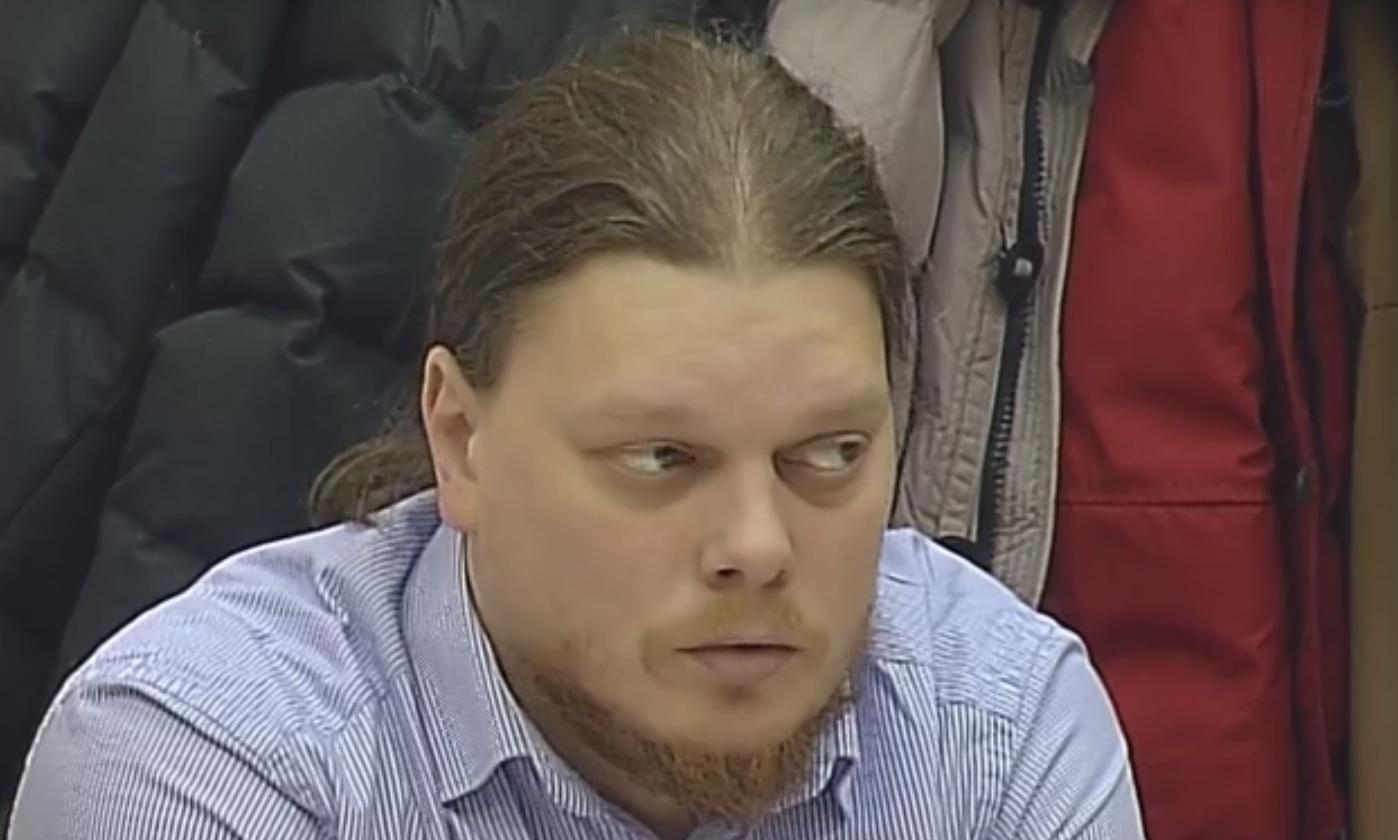 Священник-убийца Иван Петунов  буянит в колонии