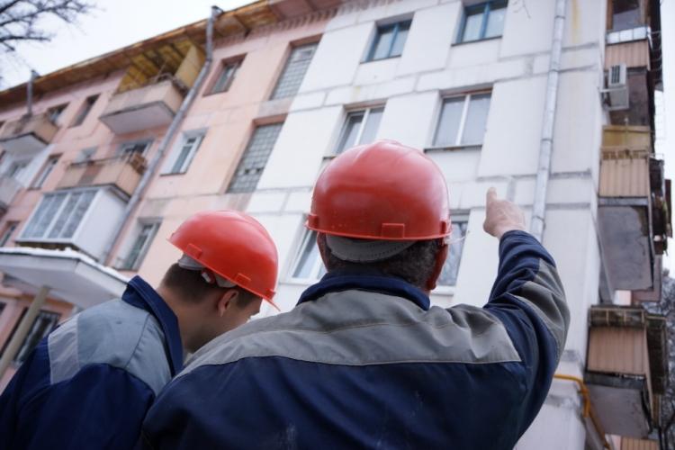 В Новозыбкове отремонтируют 12 многоэтажек