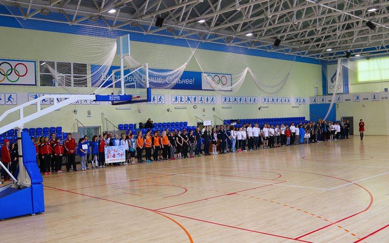 В Брянске прошел фестиваль ГТО среди сотрудников спортучреждений