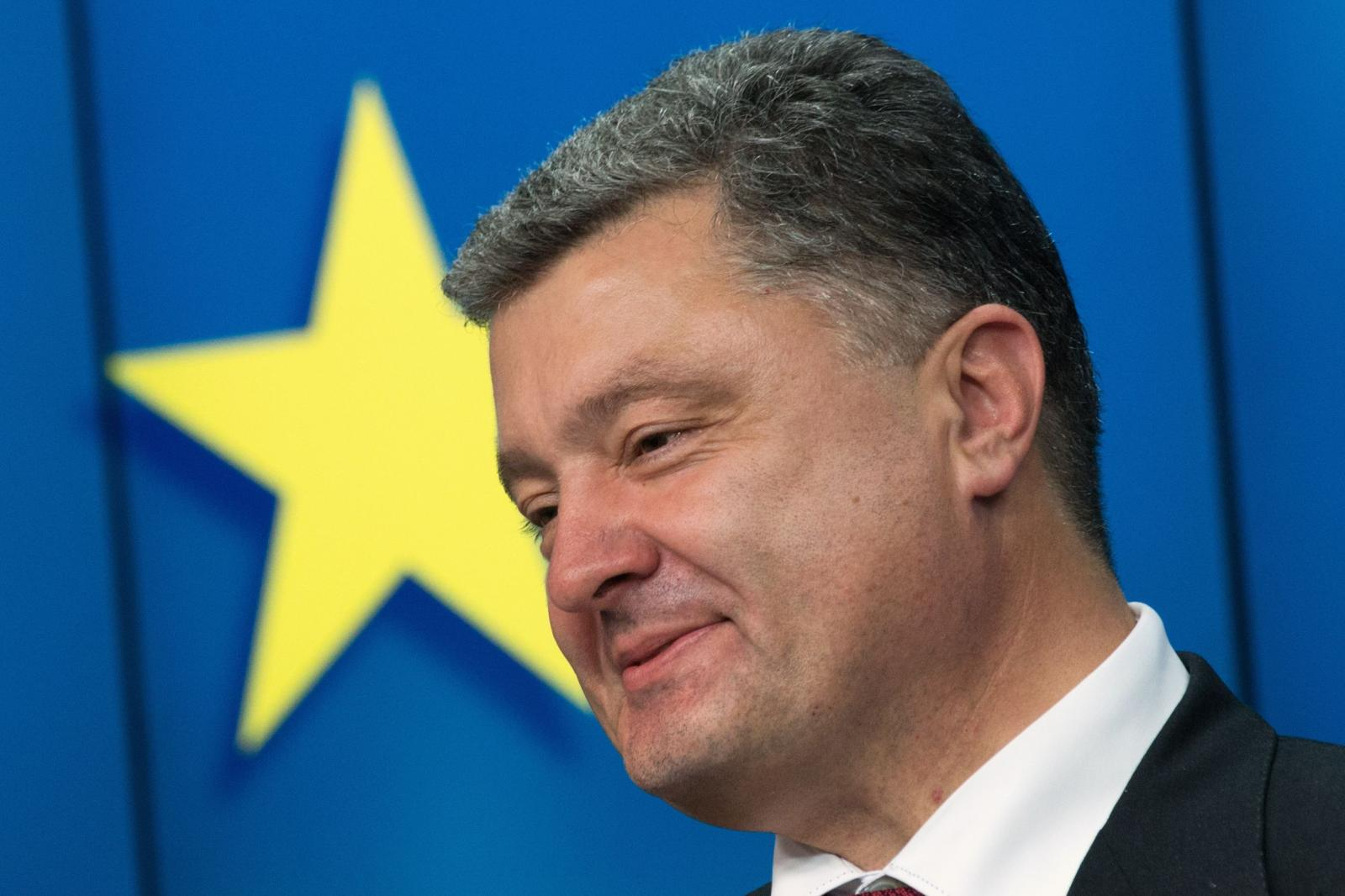 СМИ узнали о планах Порошенко в случае проигрыша на выборах