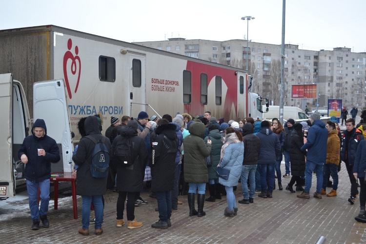 В Брянске 141 горожанин сдал кровь на лечение тяжелобольных людей