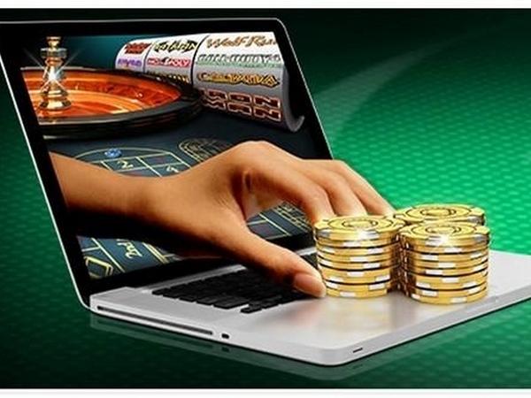 Как играть онлайн в Ultra hot deluxe на сайте azino777.ru.net