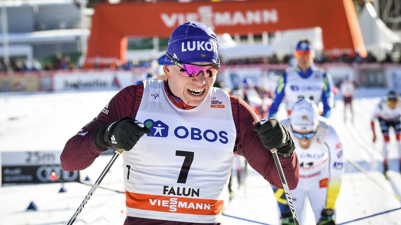 Брянский лыжник Большунов выиграл индивидуальную гонку на мировом турнире в Швеции
