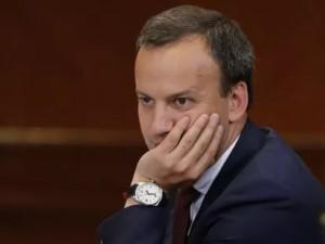 Часть российской элиты становится все более враждебной интересам государства? Мнение политолога