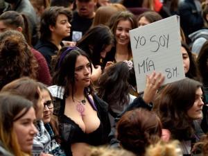 В Бельгии женщины вышли 8 марта на всеобщую забастовку