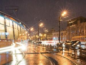 Обещанный синоптиками дождь пришел в Челябинск к ночи