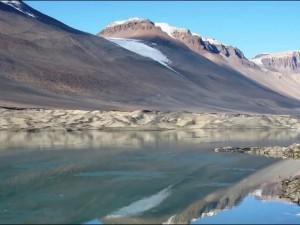 Остатки древнего шоссе нашли в Антарктиде