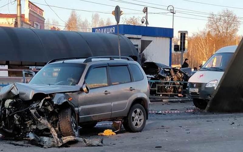 Разорванная почка, сломанное лицо: участники ДТП на автовокзале в Брянске получили страшные травмы